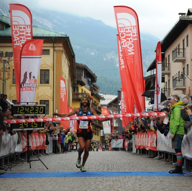 Anton Krupicka wins the 2014 Lavaredo Ultra Trail.