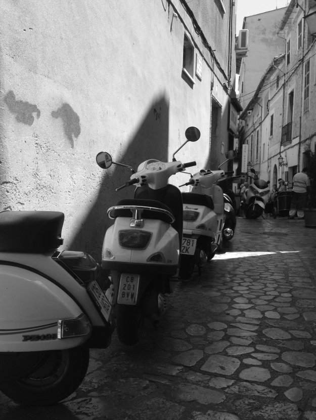 MALLORCAN MOPEDS IMG_2321